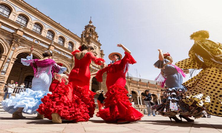 Tham gia lễ hội khi du học Tây Ban Nha
