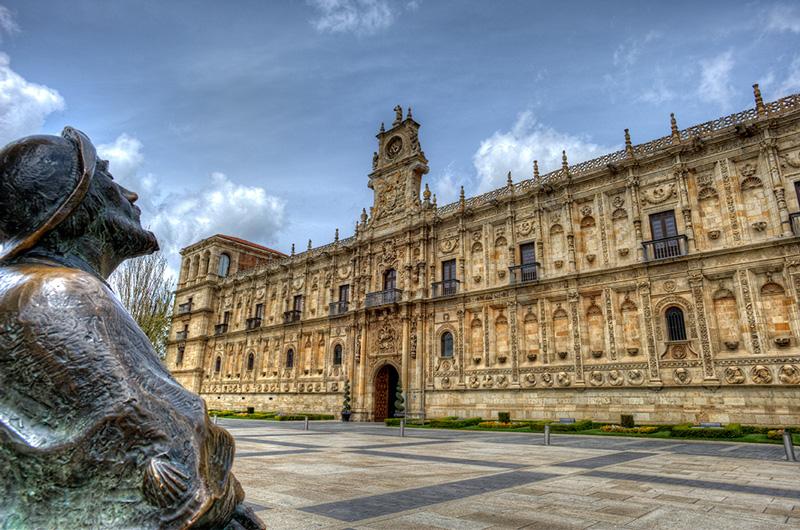 Đại học Leon