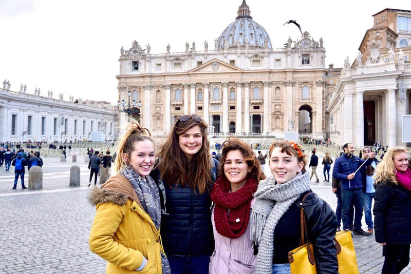 Quần áo mùa đông mang theo khi đi du học Tây Ban Nha